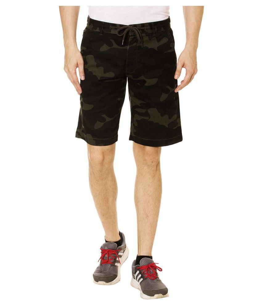 KOTTY Green Shorts