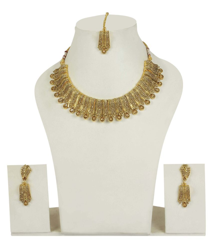 Much More Golden Alloy Necklace Set