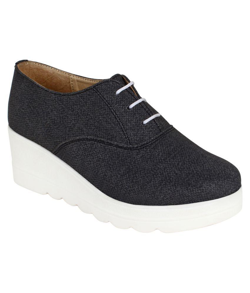 VAPR Gray Casual Shoes