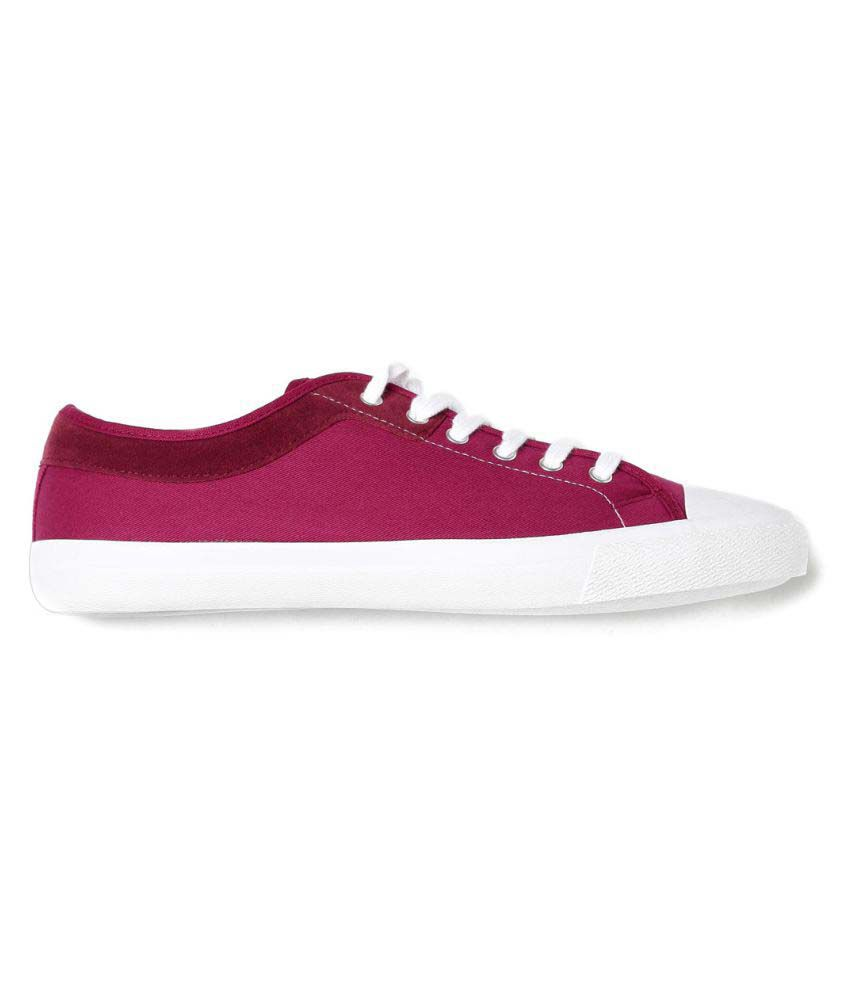 441cefd1ef2 Roadster Maroon Casual Shoes - Buy Roadster Maroon Casual Shoes Online at  Best Prices in India on Snapdeal