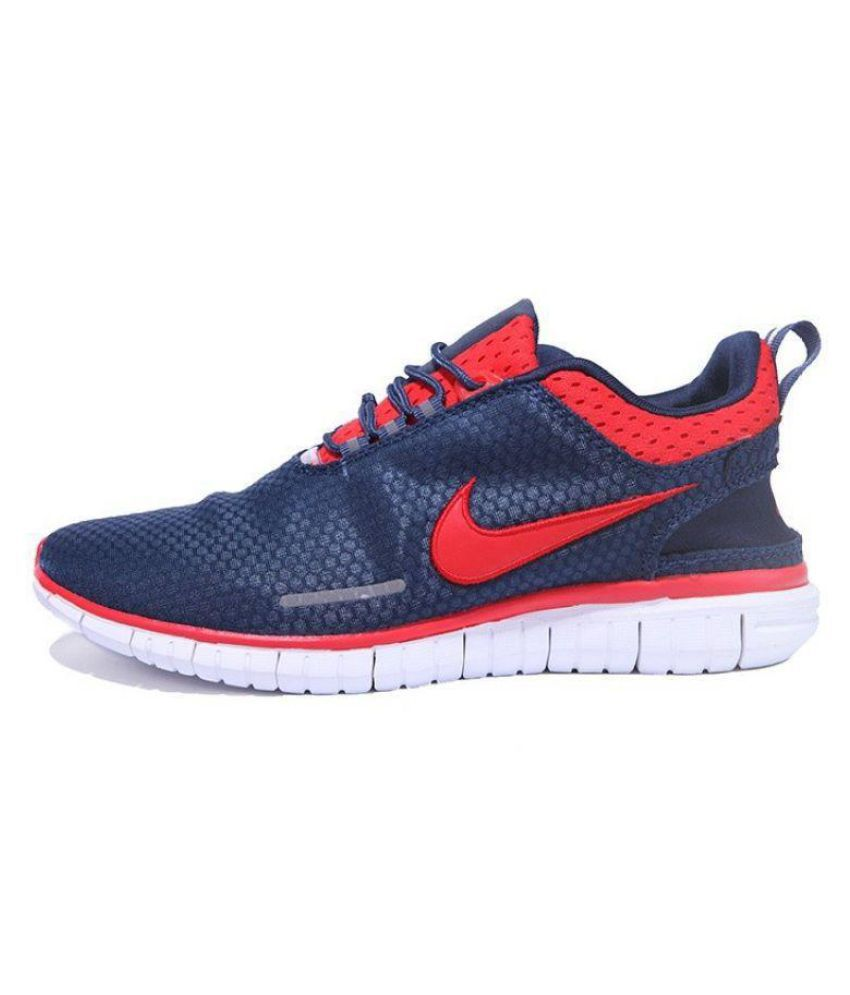 7939f777ceaf7 70% OFF on Nike Running Shoes on Snapdeal