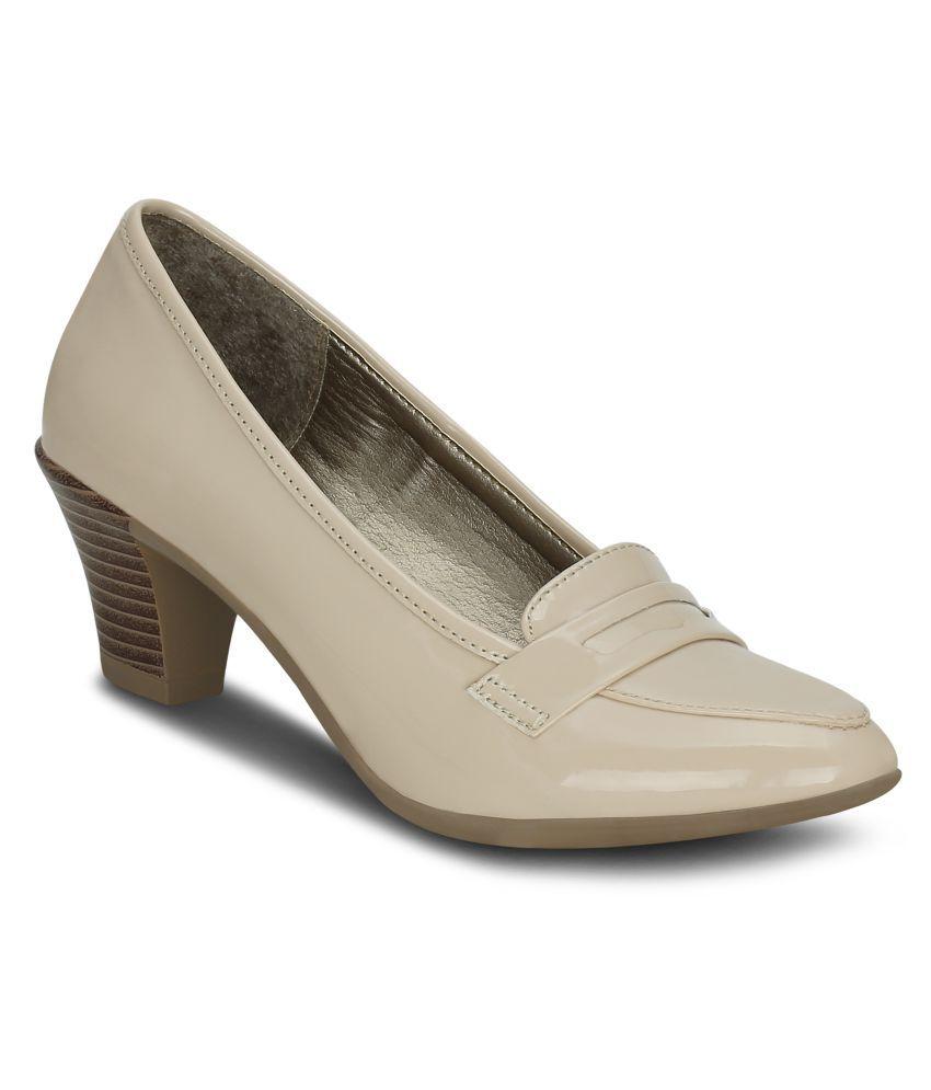 Get Glamr Beige Formal Shoes