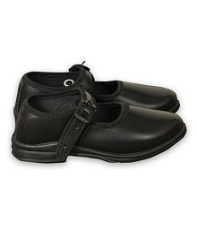 6four black school shoes For Girls