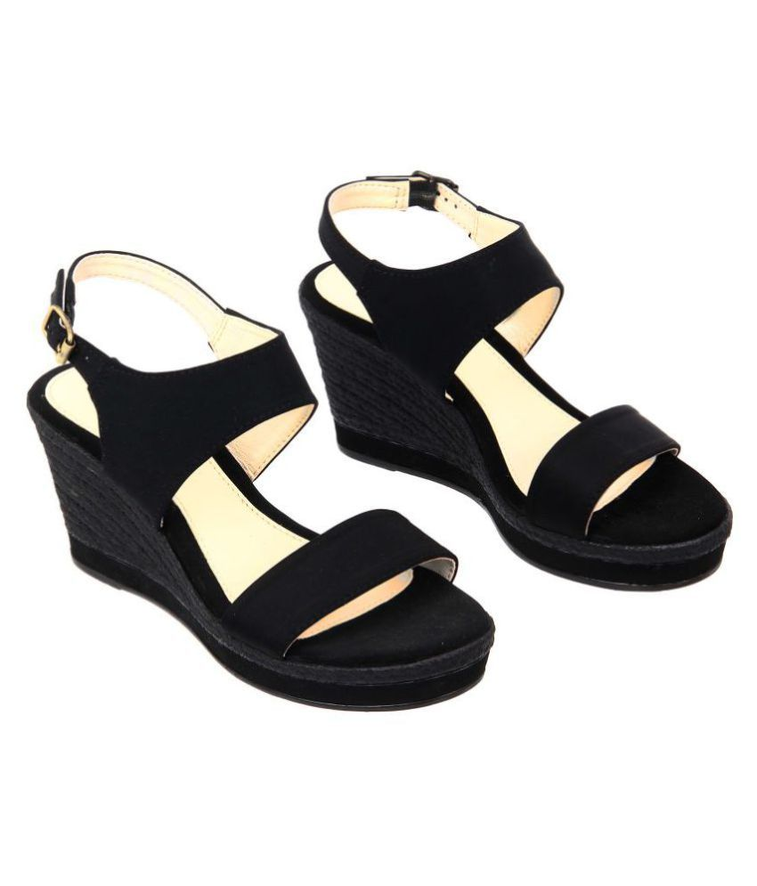 Lavie Black Wedges Heels