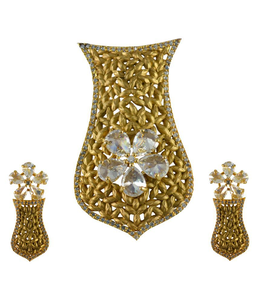 Simple Pendant Set For Traditional Wear
