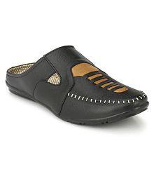 da42c9d14ea Mens Sandals   Floaters  Buy Sandals   Floaters For Men Online at ...