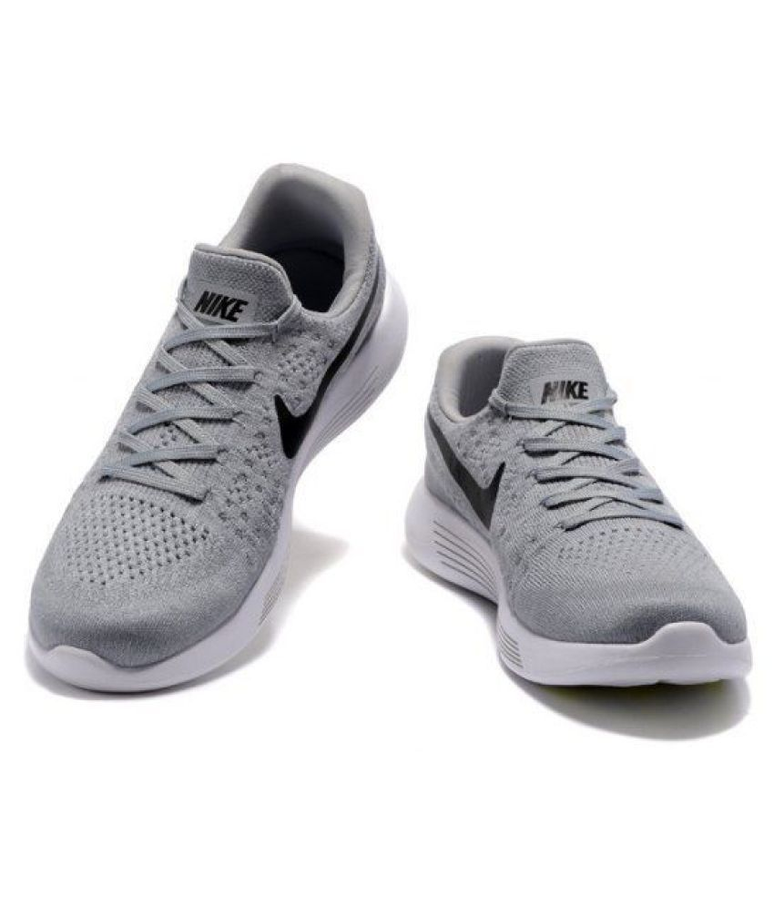 mareado Paso dividendo  Nike LunarEpic Low Flyknit 2 Khaki Running Shoes - Buy Nike LunarEpic Low Flyknit  2 Khaki Running Shoes Online at Best Prices in India on Snapdeal