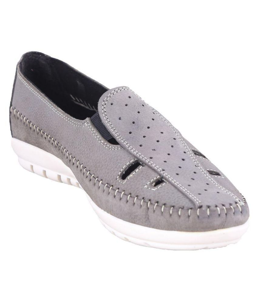 SWANSIND Gray Casual Shoes