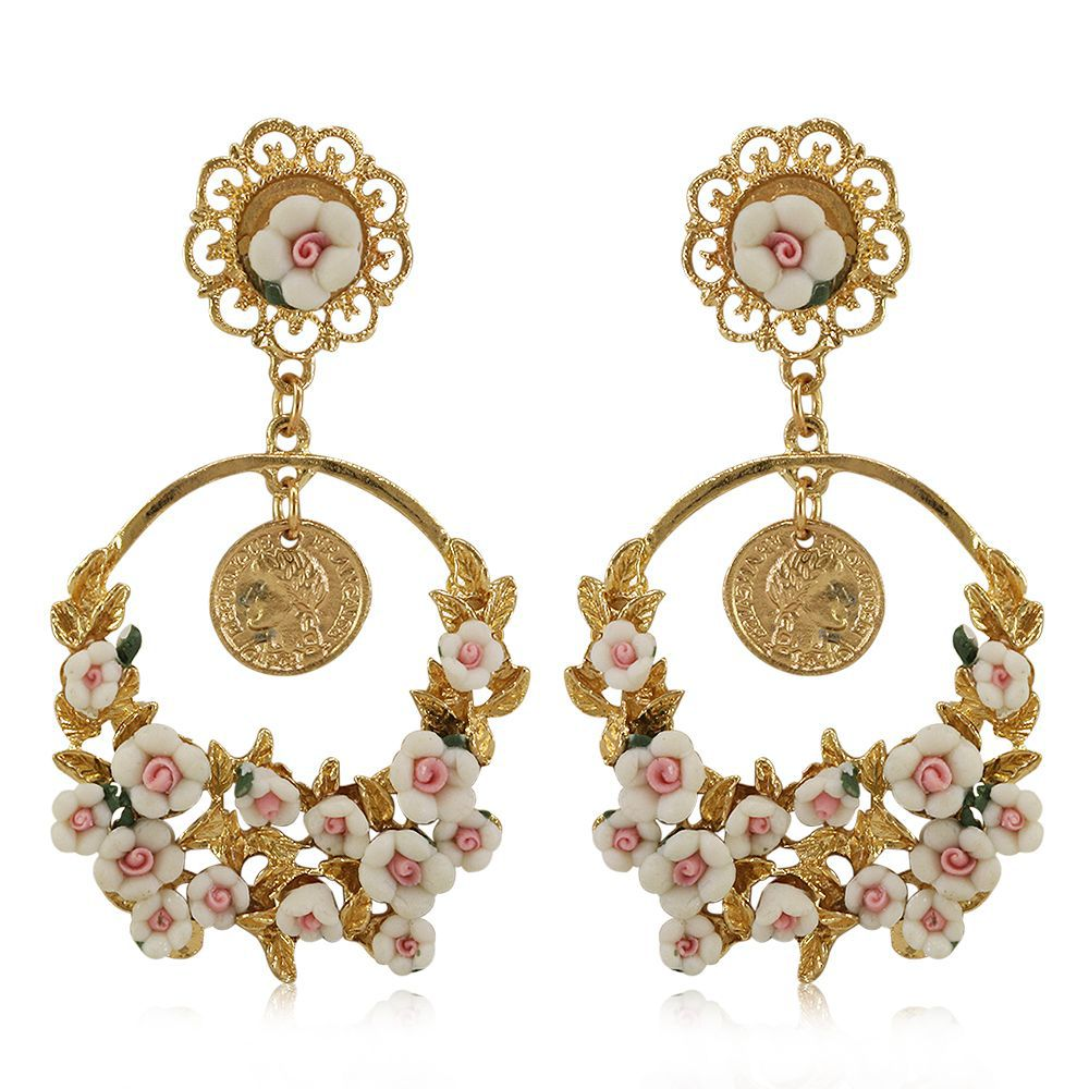 Diva New Style Golden Colour Fresh Flowers Big Earrings