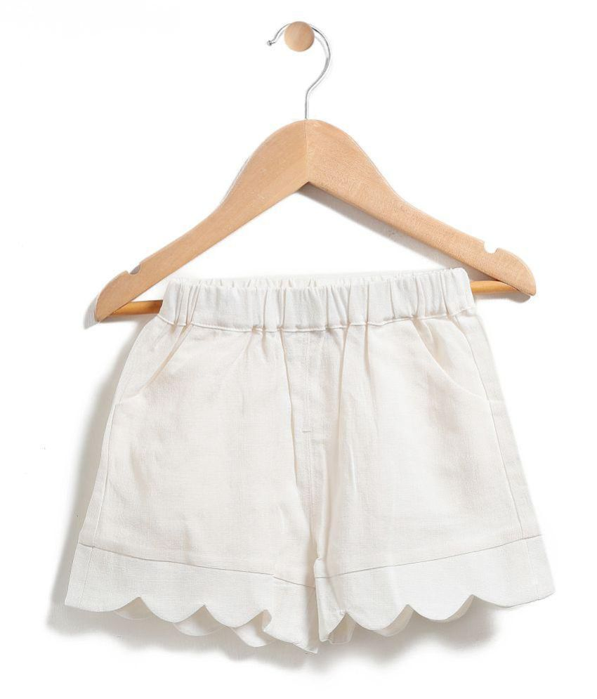Chimprala white cotton shorts for girls