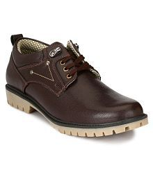 Sir Corbett Outdoor Brown Casual Shoes