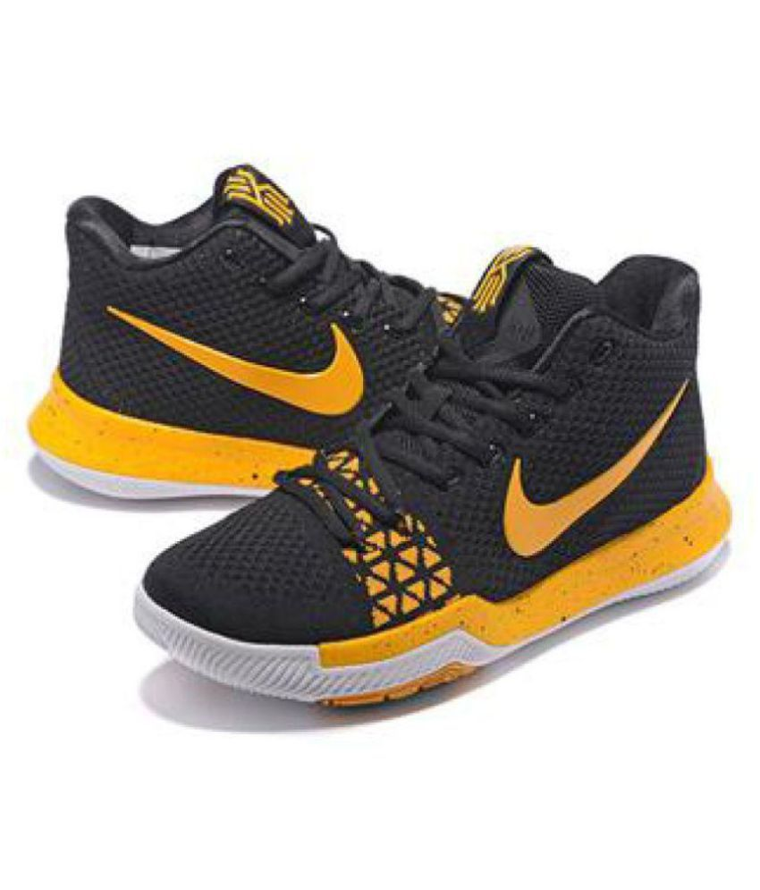 4b4be2bfd58ffe Nike Kyrie Irving 3 Black Basketball Shoes - Buy Nike Kyrie Irving 3 Black  Basketball Shoes Online at Best Prices in India on Snapdeal