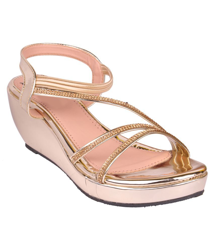 Carrito Gold Wedges Heels