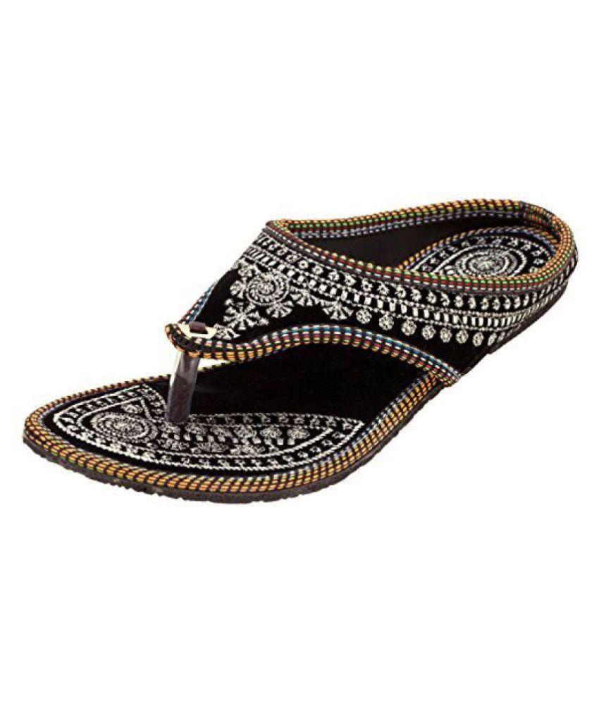 RAJSAHI Black Ethnic Footwear