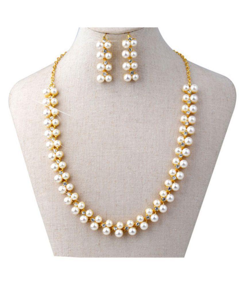 Diva New Design Pearl Design Gold Colour Necklace Set