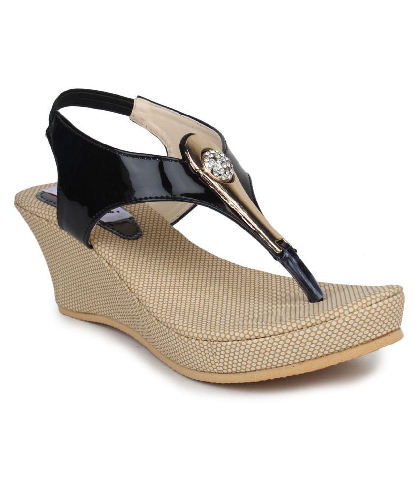 DIGNI Black Wedges Heels