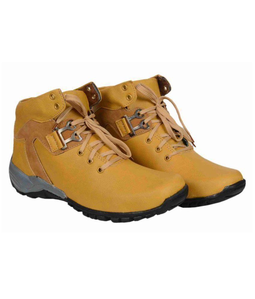 ROCK CRACK Tan Casual Boot