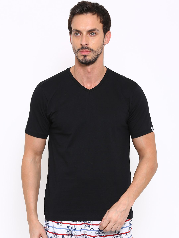 Urban Dog Black V-Neck T-Shirt Pack of 1