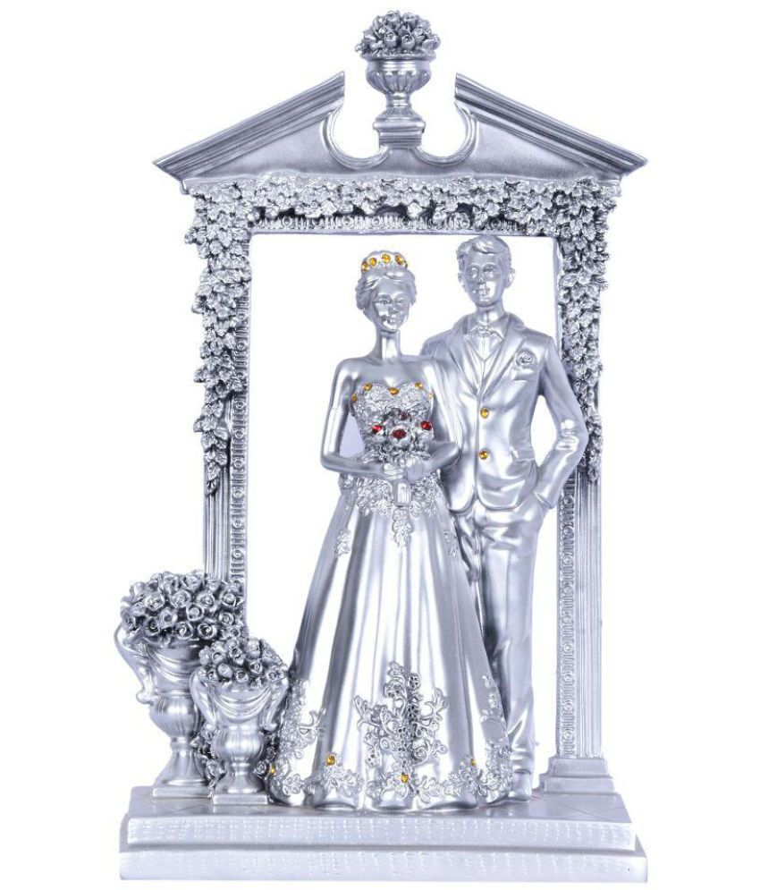 Navrang Silver Resin Handicraft Showpiece - Pack of 1