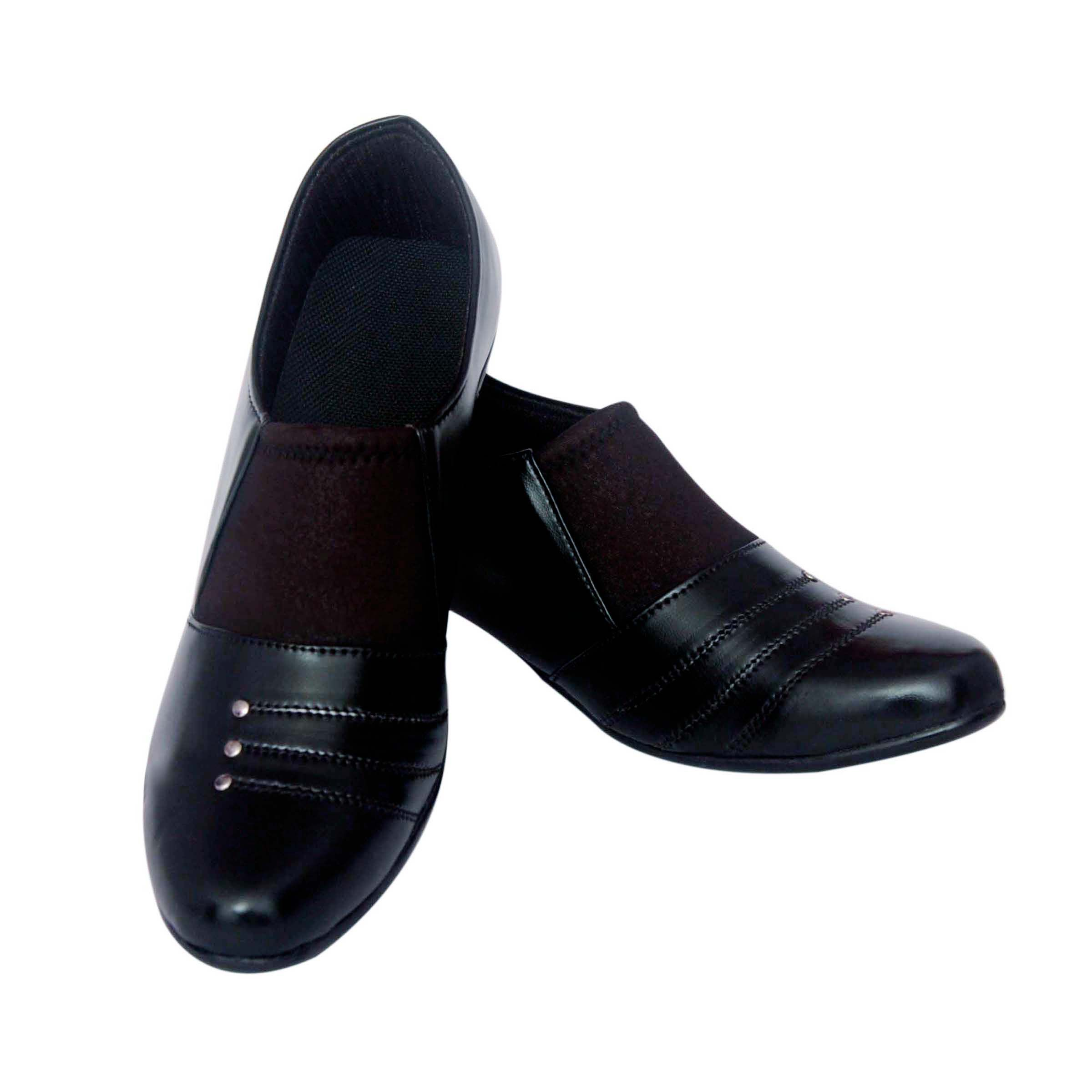VIREN Black Formal Shoes