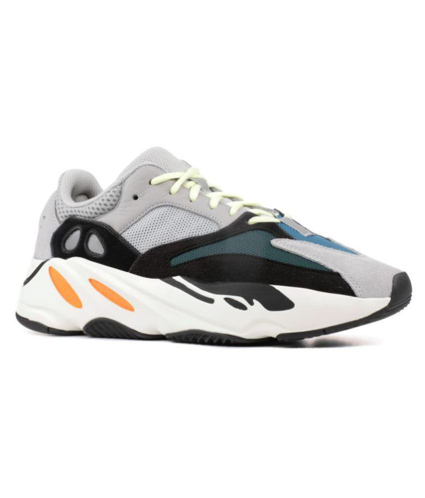 85284fe5f Adidas Yeezy 700 Gray Running Shoes Gray: Buy Online at Best Price on  Snapdeal