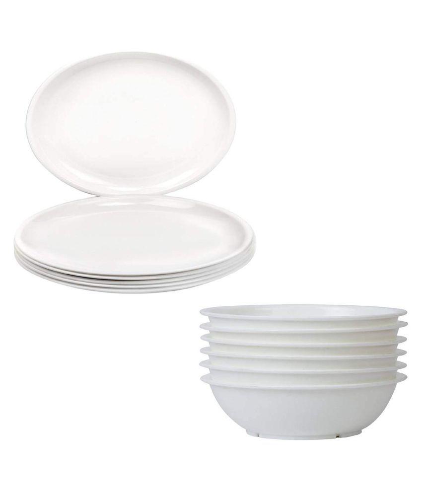 Everbuy Plastic Dinner Set of 24 Pieces