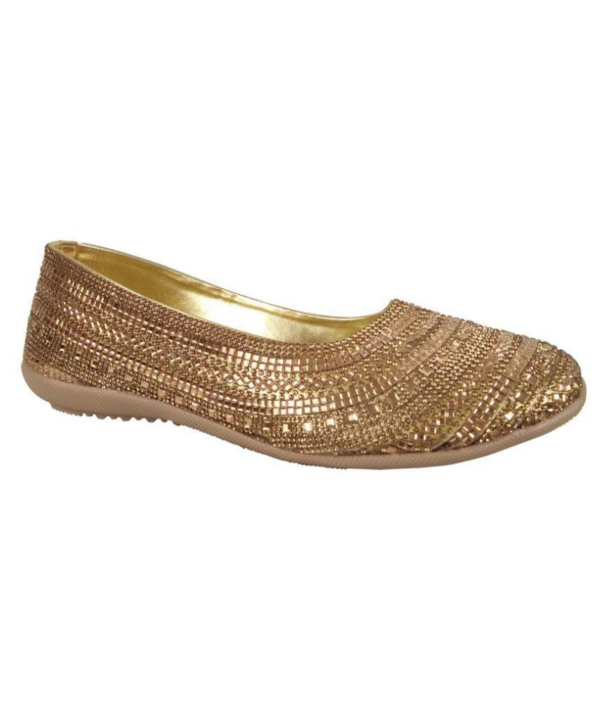 Prinsia Gold Casual Shoes