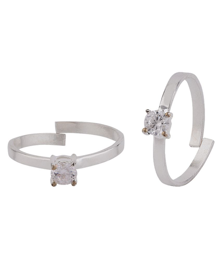 Voylla Square Cut Gem Adorned Toe Rings