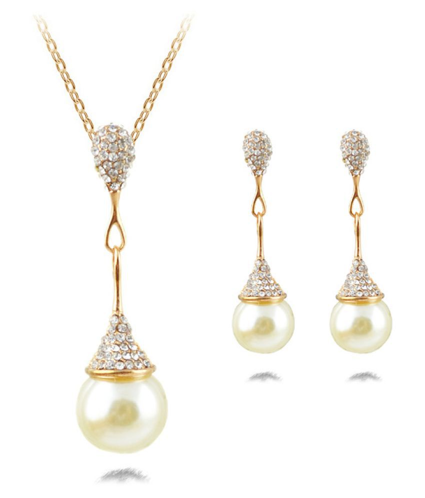 Serendipity Alloy Golden Color Other Designer Golden Color Plated Necklaces Set Fashion Jewellery