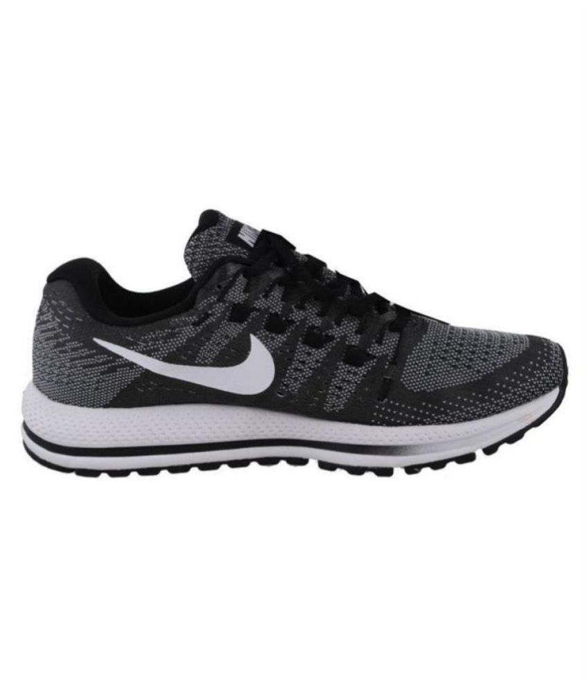 160e767a5acde Nike AIR ZOOM VOMERO 14 Running Shoes Black  Buy Online at Best Price on  Snapdeal