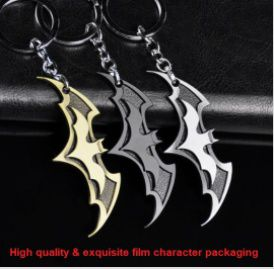 NEW Fashion Beautiful Movie Batman Keychain Model Alloy Key Buckle The Avengers Key Rings