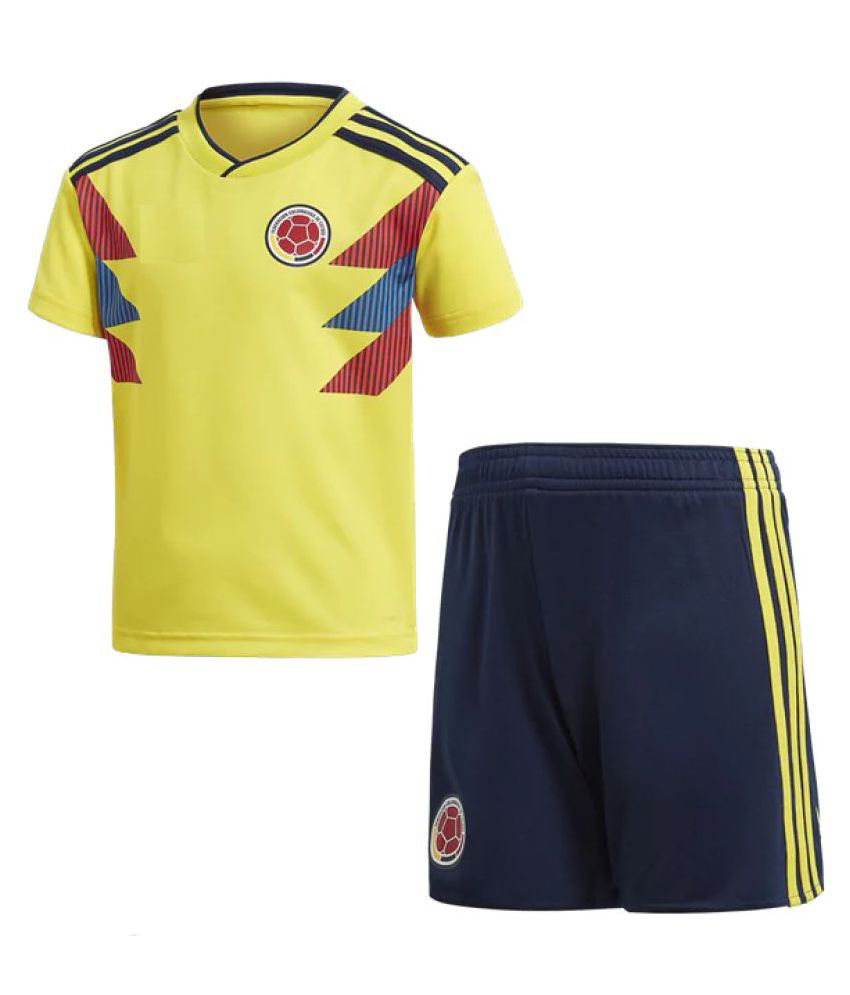 8774d15292f fifa world cup Colombia Home Football jersey with shorts: Buy Online at Best  Price on Snapdeal