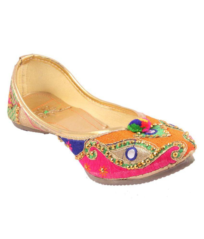 VINAYAK COLLECTION Multi Color Ethnic Footwear