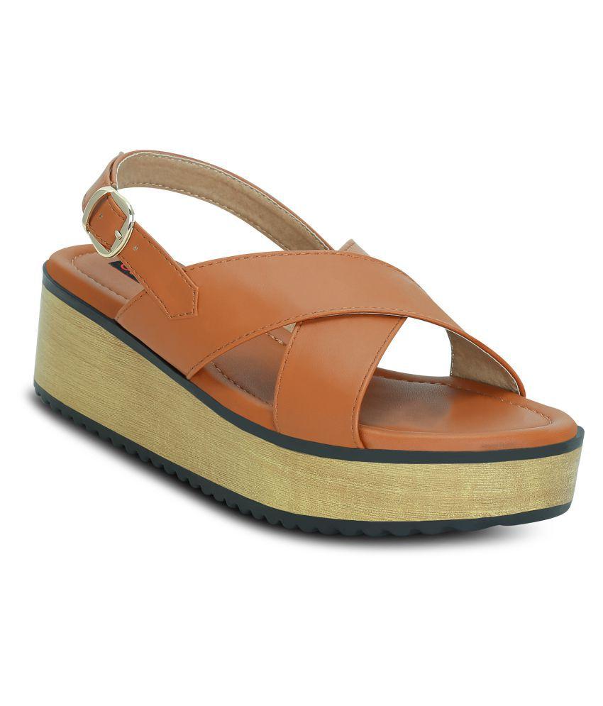 Get Glamr Tan Wedges Heels
