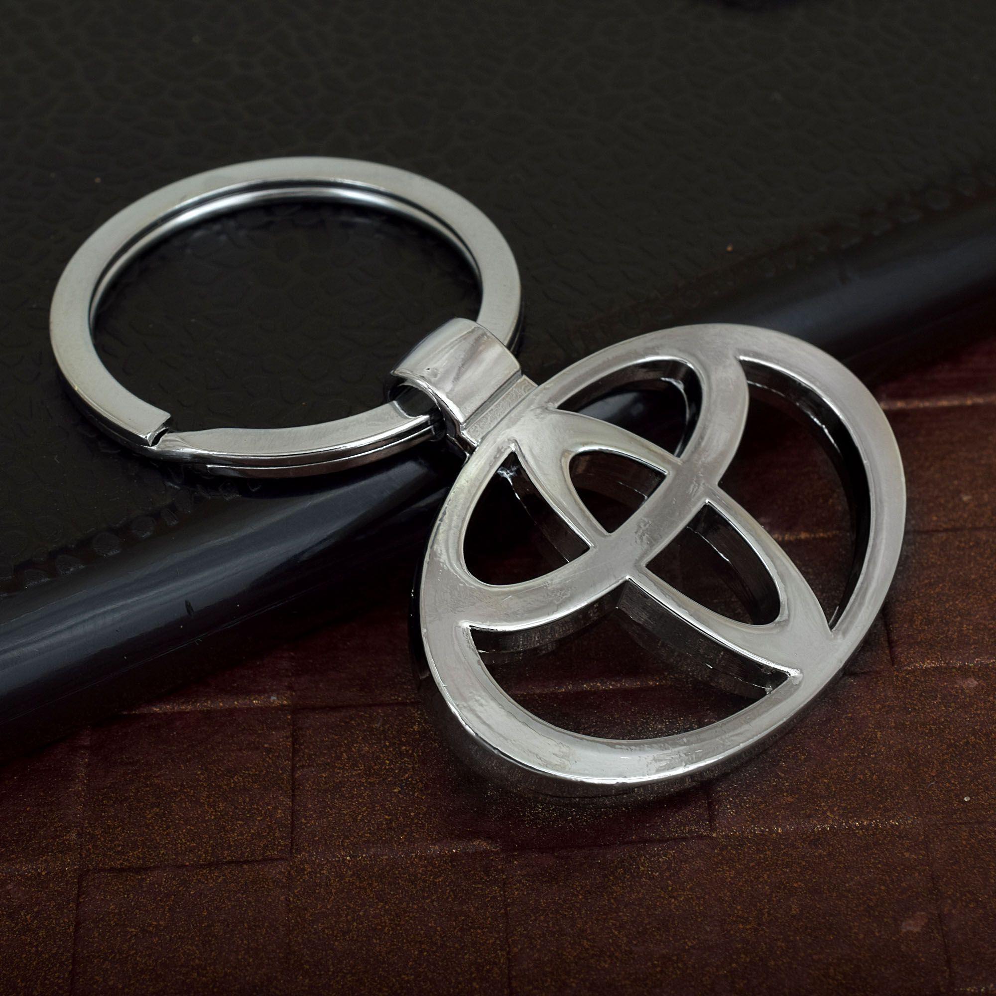Memoir Stainless Steel Logo Toyota Key Ring Key Chain
