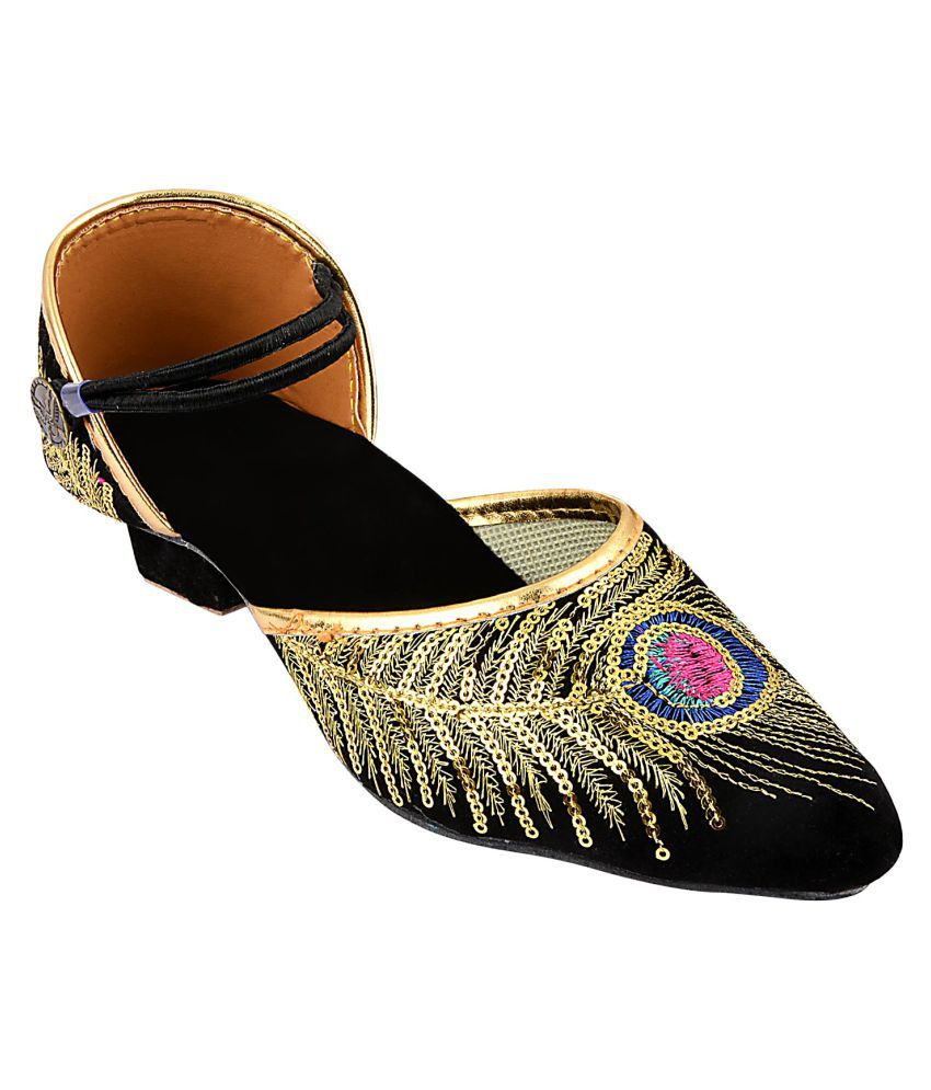 Mochdi Black Ethnic Footwear