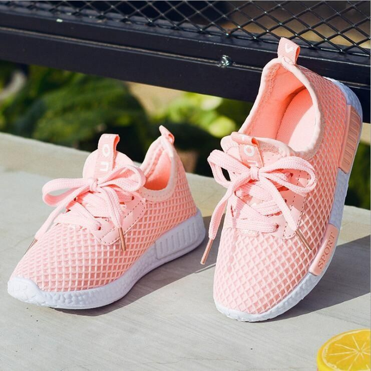 Style Breathable Mesh Sports Shoes