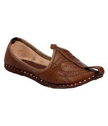 ethnic footwear buy ethnic shoes and footwear for mens at best rh snapdeal com