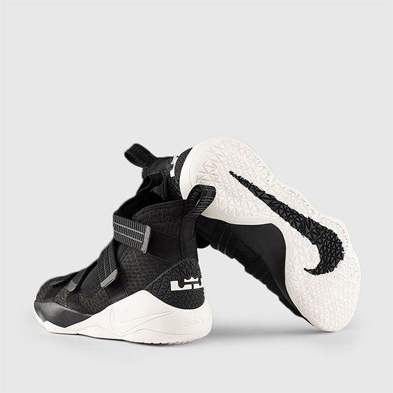 wholesale dealer d8965 be32f Nike lebron 11 soldier basketball Running Shoes Black
