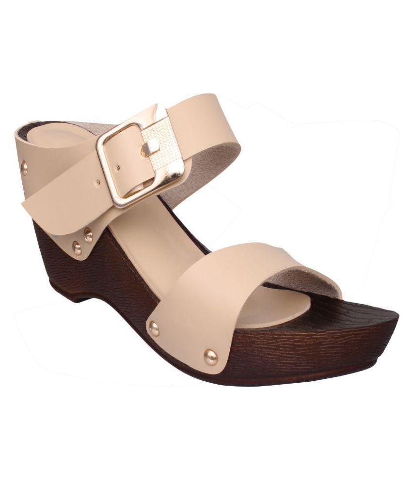f739c5c5804 Sindhi Footwear Beige Wedges Heels Price in India- Buy Sindhi ...