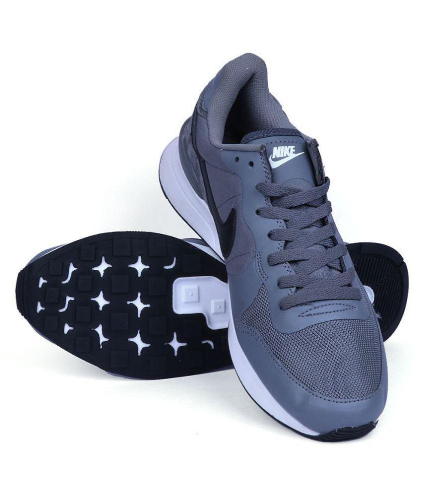 reputable site 749e3 25c49 Nike Nike Internationalist LT 17 Sneakers Gray Casual Shoes - Buy Nike Nike  Internationalist LT 17 Sneakers Gray Casual Shoes Online at Best Prices in  India ...