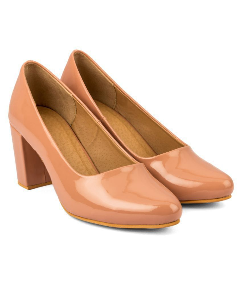 93c45122ca3 Cute Fashion PeachPuff Block Heels Price in India- Buy Cute Fashion  PeachPuff Block Heels Online at Snapdeal