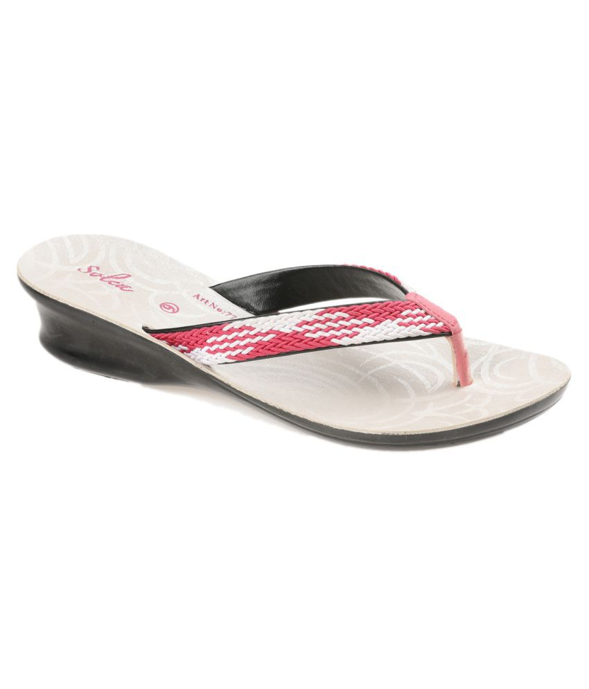 f1b5ef59159e Paragon Pink Slippers Price in India- Buy Paragon Pink Slippers Online at  Snapdeal