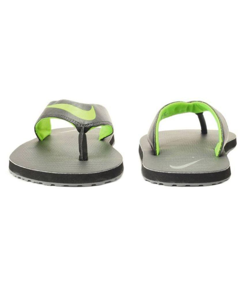 c76e23eaa10 Nike Green Thong Flip Flop Price in India- Buy Nike Green Thong Flip ...