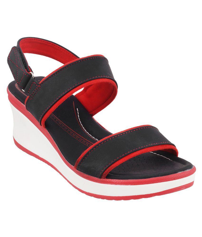 Mochi BLACK Wedges Heels