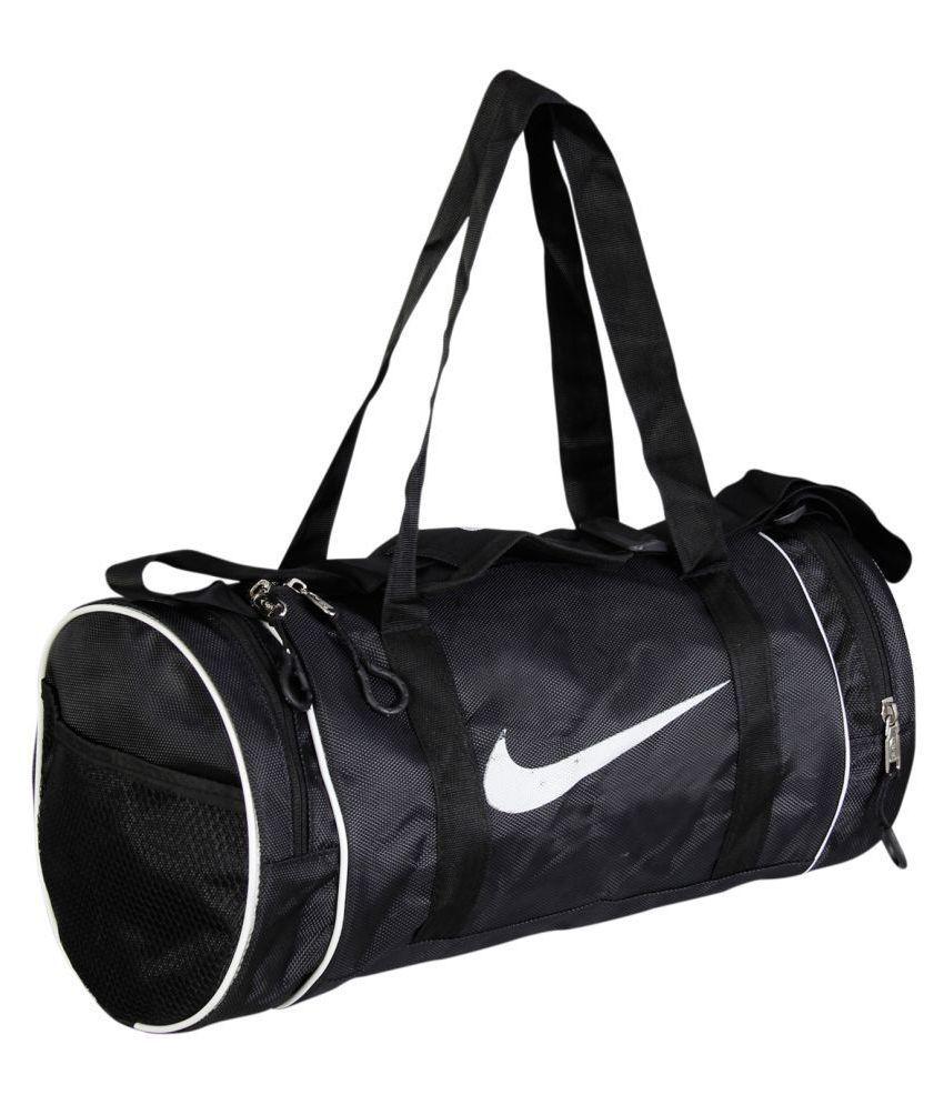 Nike Medium Black Polyester Gym Bag