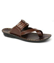 low priced f8ad9 d76df Mens Slipper: Buy Mens Slippers & Flip Flops Upto 70% OFF ...