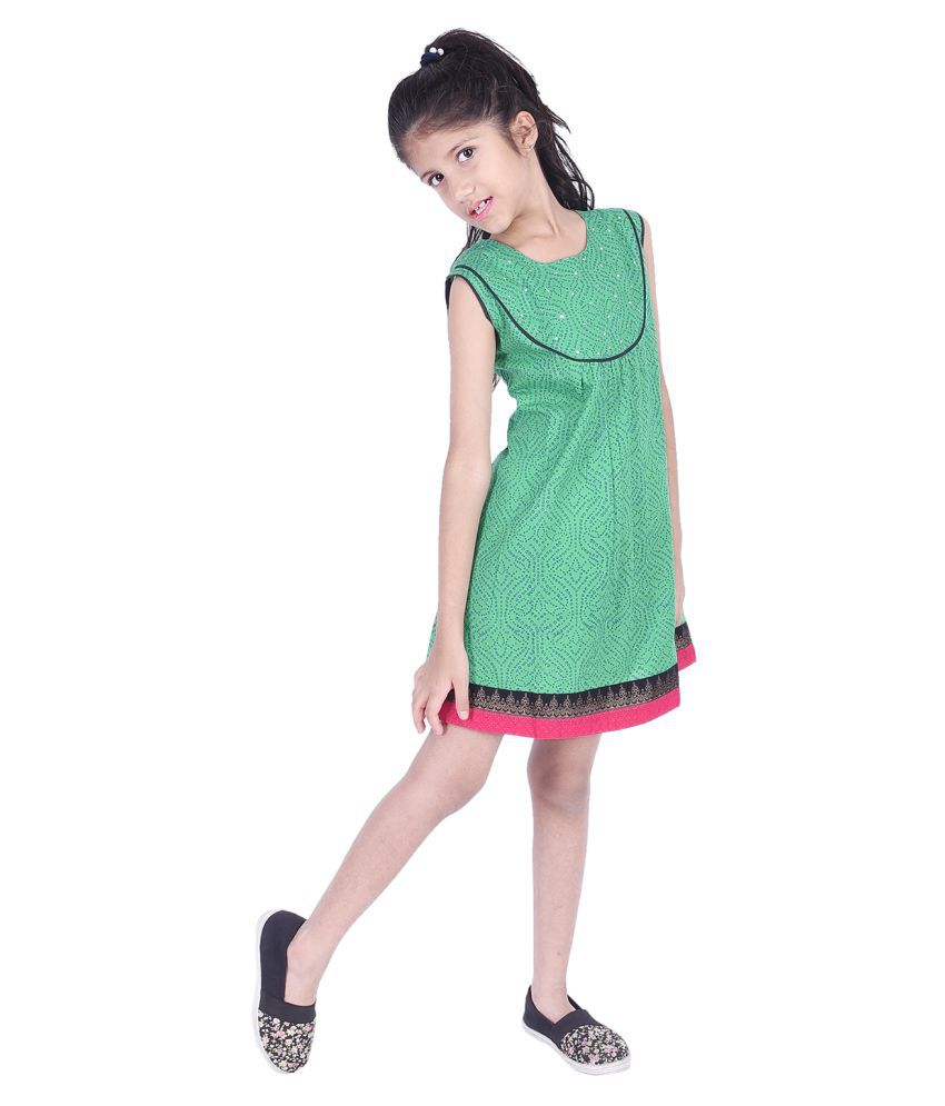 Ammanya Girls  Cotton Printed A-line Knee Length Green Dress