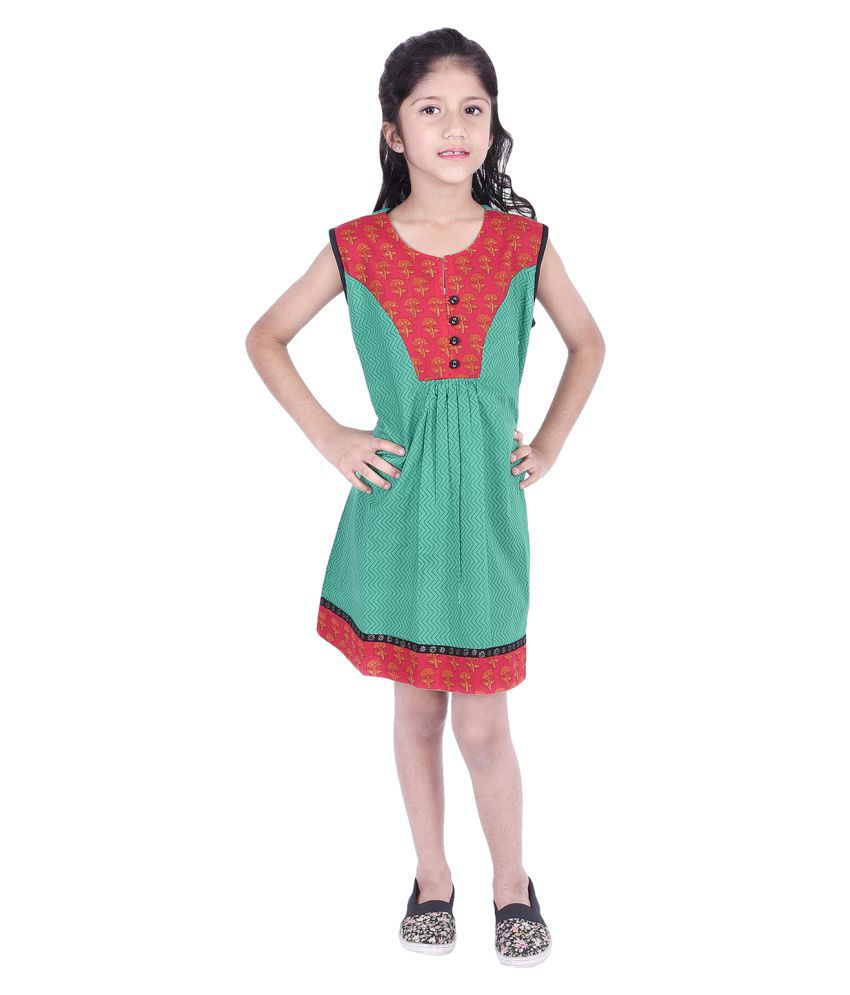 Ammanya Girls Cotton  Printed A-line Knee Length Green Dress