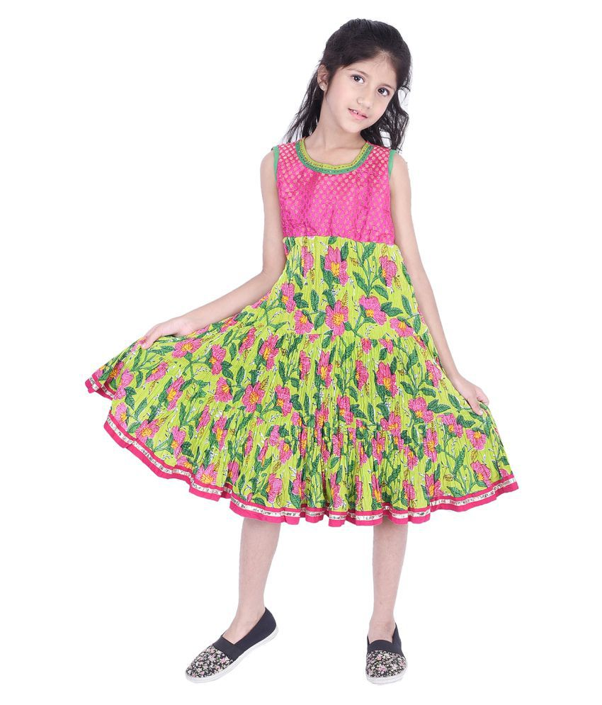Ammanya Girls  Cotton  Printed Flared Knee Length Green Dress